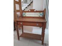 Pine wash stand