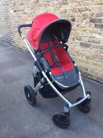 Uppababy Vista Full System, includes carrycot