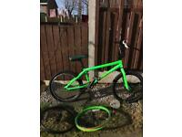 Custom Haro BMX plus x2 spare wheels - project, needs some TLC