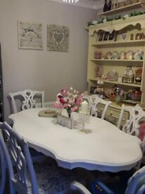 Beautiful Shabby chic vintage dining table and 6 chairs £200