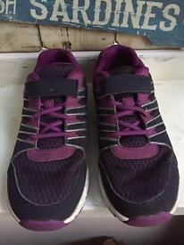 Girls clarks trainers size 1 F