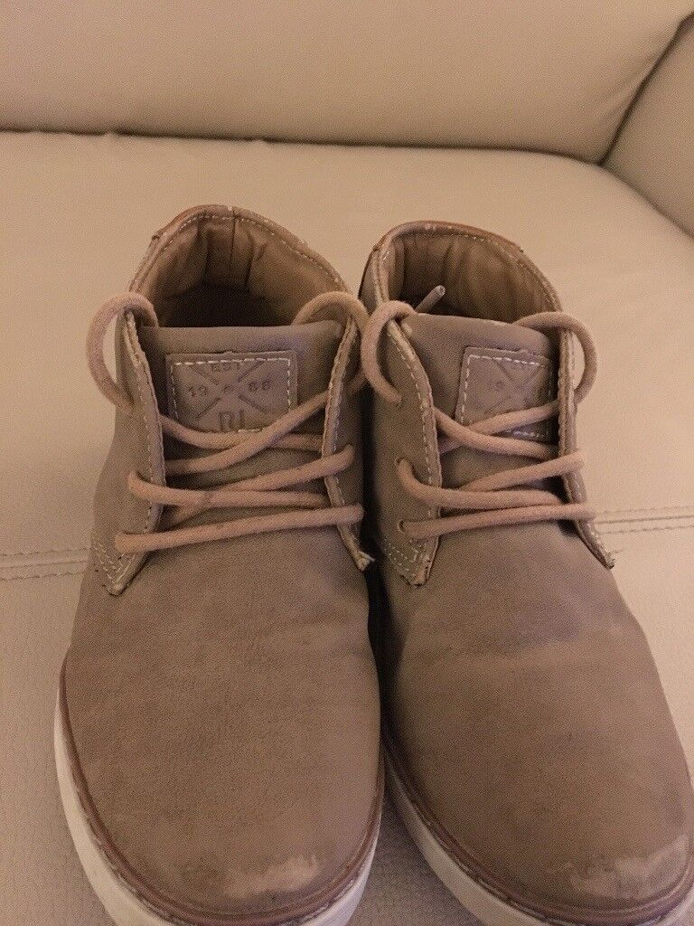 Boys River Island Boots infant size 9
