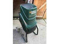 Black and decker wood chipper/ shredder