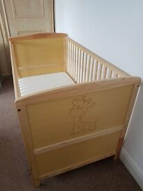 Cot bed 140 x 70 cm with the mattress used once
