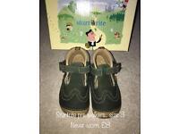 Various startrite pre walker shoes