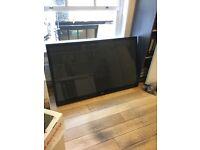 LG 60 HD 1080P Plasma TV with freeview HD, 600Hz, NetCast™, HDMI & USB