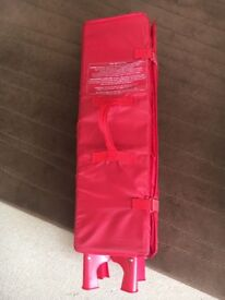 Red kite travel cot easy to assemble ideal for holidays or visiting family or friends