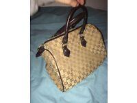 Gucci handbag (cheap)