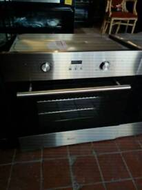 Swan silver ovena month old choice if 2 fern assised electruc single oven