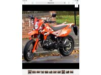 Pulse adrenaline 250cc ,supermoto ,only 800 miles ,like new ,mint and unused