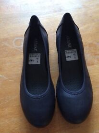 Dark Navy leather upper shoes