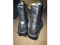 Army / cadet boots size 4