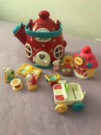 Happyland mouse kettle house and cafe - all complete