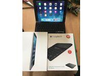 iPad Air 16GB + keyboard + cases