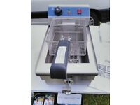 Kukoo Commercial Catering Fryer. Brand New. 10litre Capacity. 3kw. 13amp plug RRP£275. My price £150