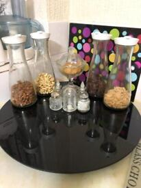 Kitchen corner table