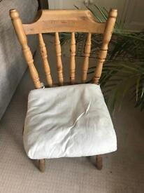 Dining chairs * 3