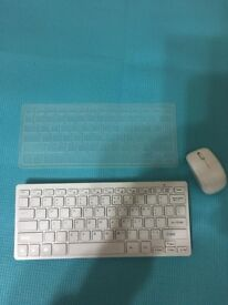 Wireless keyboard with protective cover&mouse,only £20