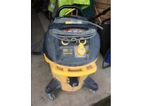 Dewalt 'M' class extractor 110v for sites
