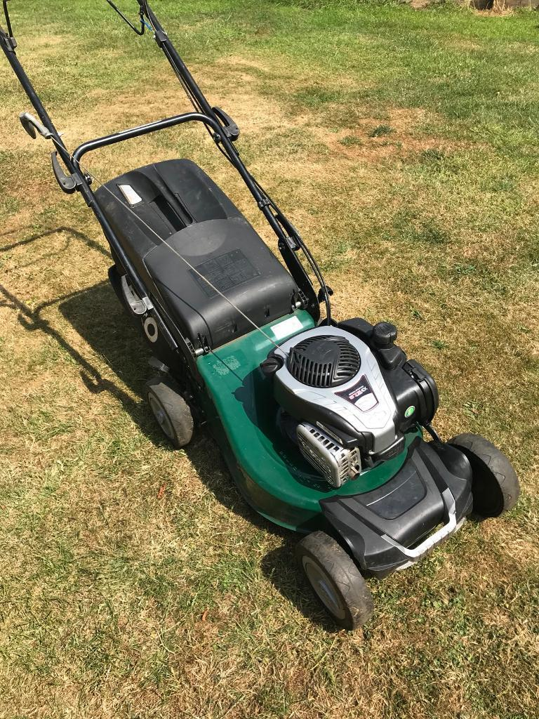 Atco 18s Self Propelled Petrol lawnmower