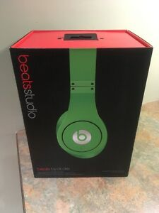 Green Beats by Dre