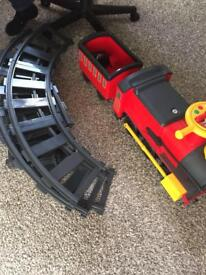 Train and track battery operated