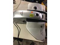 E & R Compact Iron Press