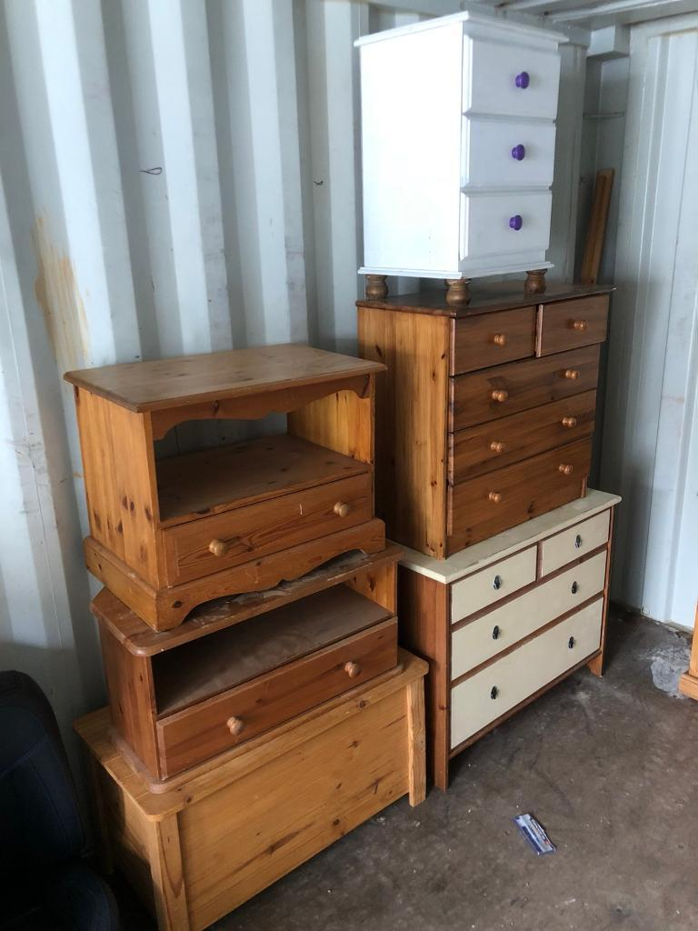 Chests of drawers. Furniture. Free delivery.