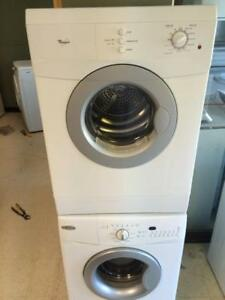 55-  Laveuses Secheuses Frontales  Mini 24''  MAYTAG-WHIRLPOOL Frontload Washers Dryers