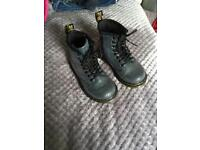 Infant uk7 dr martens