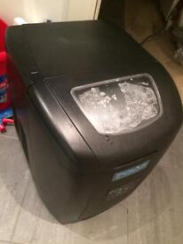 Ice maker £72 ono