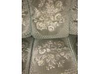Sofa 🛋 and matching chair CHEAP 👀