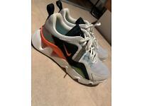 Nike RYZ 365 Size 5