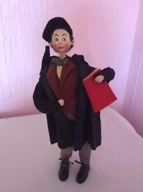 Klumpe roldan vintage professor doll