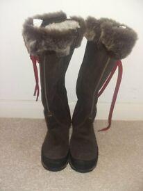 High-knee boots