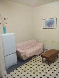 'BARGAIN' City centre flat for rent from £425 per month