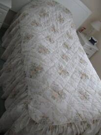 M & S double bedspread