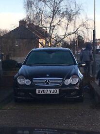 Mercedes Benz c180. Great car great drive no problems.