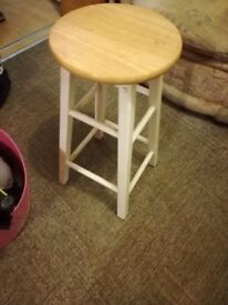 4*2FT wood stools