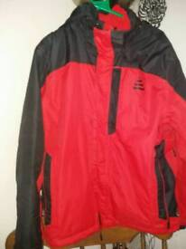 MEN'S RED WATERPROOF JACKET SIZE LARGE