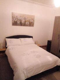 1 double room in two bedroom flat for rent 400£/ months including Bill