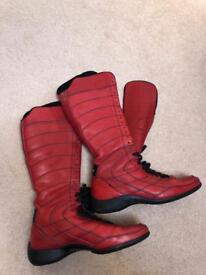 Italian leather boots by Pirelli