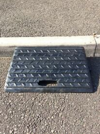 Motorbike Black Rubber Kerb Ramp