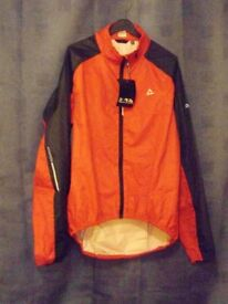 Mens Dare2b Dynamiz Waterproof Cycling Jacket. Red. Size Small or Medium.