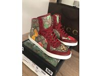 Size 4 Gucci Trainers