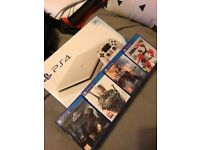 SONY PS4 SLIM 500GB WHITE - WITH 4 GAMES + TWO CONTROLLERS