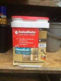 tub of 150mm Fastenmaster flat head Headlok fasteners