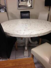 Black Friday deals table only £550