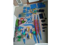 Thomas and friends huge Tomy trackmaster train's track set