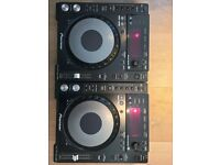 2 Pioneer CDJ-850K. In excellent condition - bought brand new 3 years ago.